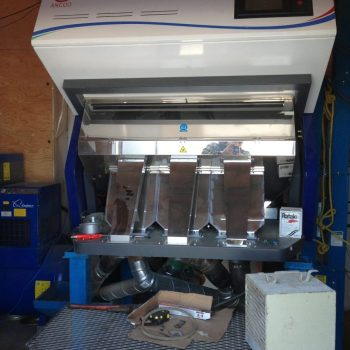 Optical Colour Sorter / Seed Cleaning